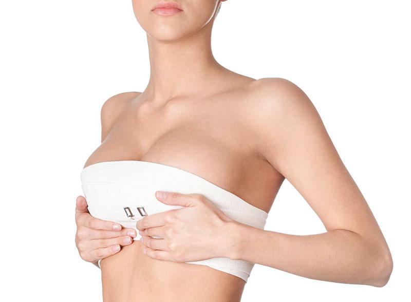 giá nâng ngực chảy xệ tại BVTM MEDIKA