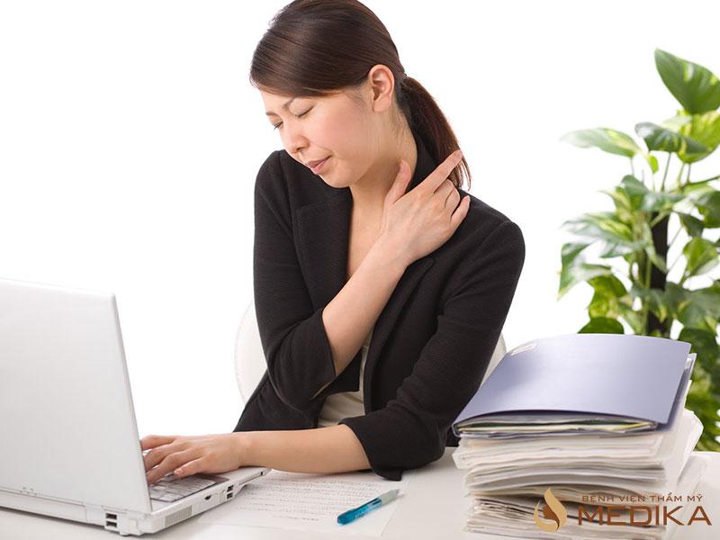 Những sai lầm trong cách nâng ngực chảy xệ - Chuyên gia nâng ngực