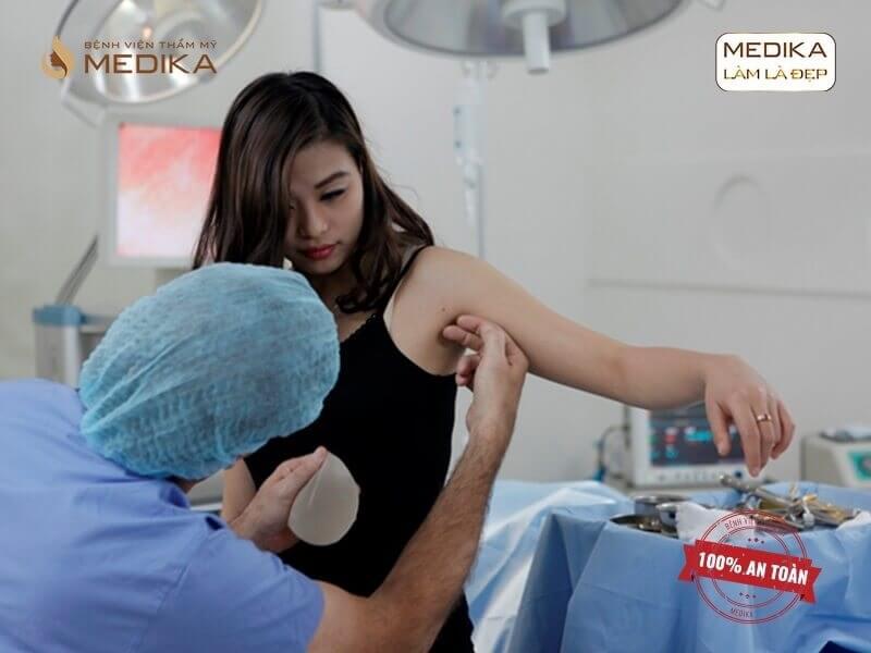 Tuyệt chiêu nâng ngực chảy xệ sau sinh hiệu quả - chuyengianangnguc.vn